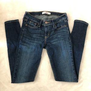 Hollister Dark Blue Wash Skinny Jean